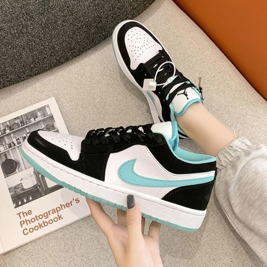 Image of NIKE AIR JORDAN 1 classic color matching low-cut couple sneakers sports shoes