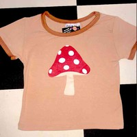 SWEET LORD O'MIGHTY! SHROOM RINGER TEE IN BROWN
