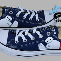 Hand Painted Converse Low. Big Hero 6. Robot Baymax. Handpainted Shoes.