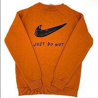 NIKE Just Do It New fashion letter hook print couple long sleeve top sweater  Orange