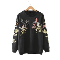 L757 fashion ladies sweet floral birds embroidery black color o neck sweatshirt women casual long sleeve pullover jumpers hoody