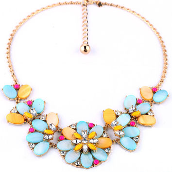 Colorful Shells Flower Statement Necklace