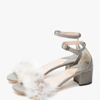 Brother Vellies / Tufted Dhara Sandal in Cloudy