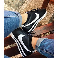 Nike Nike Classic Cortez Forrest Series Black+white hook