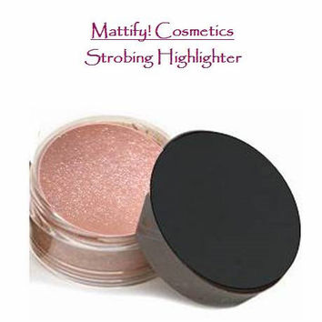 Strobing Highlighter / Highlighting Powder by Mattify Cosmetics Makeup for Oily Skin