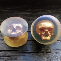 """Skull Plugs Clear Acrylic With Gold Painted Skull - Flared - 3D Printed 0ga to 2"""" (8mm 10.4mm 11mm 13mm 14mm 16mm 19mm 22mm 25mm 35mm 50mm)"""