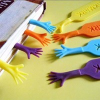 4Pcs/Lot Help Me Bookmarks Creative Novelty Page Holder  Funny Bookworm Gift Party Favors