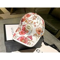 GUCCI 2019 new floral print wild fashion baseball cap white