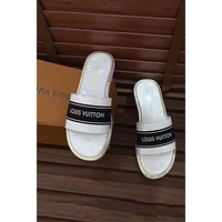 LV Louis Vuitton 2018 new open toe low heel sandal holiday beach sandals F-OMDP-GD White