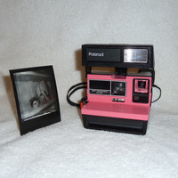 Fun Polaroid One Step Flash 600 - Clean, Tested and Upcycled Pink