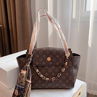 Louis Vuitton LV new casual large-capacity simple old flower single shoulder bag