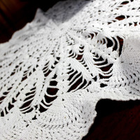 Large White Doily, Vintage Crochet Doilies, 19 Inch Large Crocheted Doily 12379