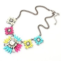 Bestpriceam (TM) Chunky Clear Crystal Statement Necklace (Colorful)