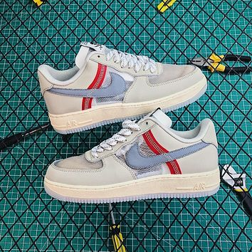 Nike Air Force 1 07 Light Soft Sneakers