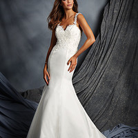 Alfred Angelo 2525 Satin Fit & Flare Wedding Dress