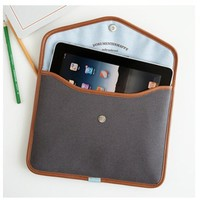 MochiThings.com: iPad Pouch