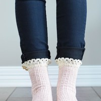 Rose Lace Ruffle Quarter Socks