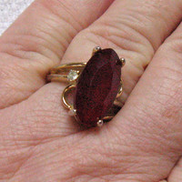 Vintage 14kt  RUBY GLASS RING 1960s
