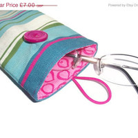 ON SALE Protective case for eye glasses- cotton canvas - button closure.