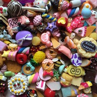 50PCS/Lot Dollhouse Miniature Mixed Food Set 1/12 Mini Food Cakes Donuts Candy Biscuit For Barbie BJD Doll House Play Toys