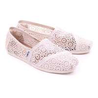 Natural toms womens classic morocco crochet by toms £45.00