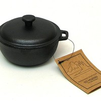 Mini Cast Iron Dutch Oven (2 Cups)