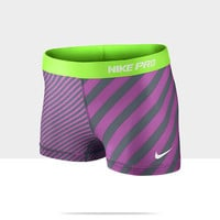 """Check it out. I found this Nike Pro 2.5"""" Print Compression Women's Shorts at Nike online."""