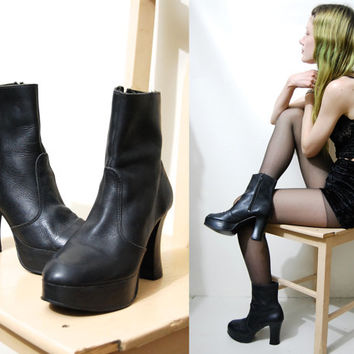 90s Vintage PLATFORM BOOTS Black Leather Chunky Heel Ankle Boots Leather shoes Grunge Goth Witch 1990s vtg Womens Size au 6 / us 7