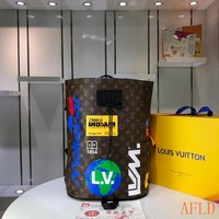 HCXX 19Aug 645 Louis Vuitton LV Zaino Chalk Backpack Maison Logo Fashion Rock Climbing Bucket Bag 31-42-21cm