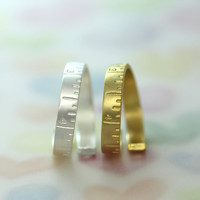 Tape measure RING/How many inches is your love..