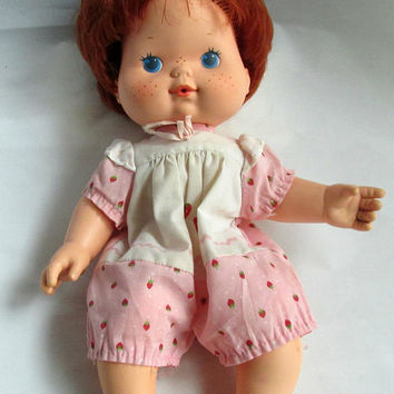 Kenner Strawberry Shortcake Baby Blow Kiss Doll 1982 Large 13 inch Plastic Childrens Doll