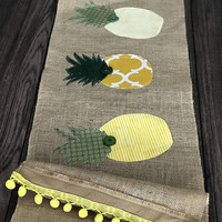 Pineapple decor, be a pineapple, party like a pineapple, burlap table runner, table runner, burlap decor, pineapple decor, pineapple gift