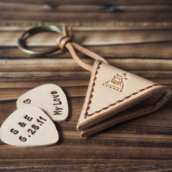 Personalized Leather Guitar Pick Case Keychain #Natural Nude