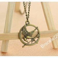 Katniss Necklace,mockingjay necklace,mockingjay pin necklace,catching fire necklace,hunger birds necklace,hipsters jewelry,games necklace
