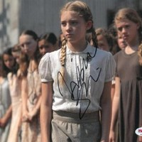Willow Shields Signed Authentic Autographed 8x10 Photo (PSA/DNA)