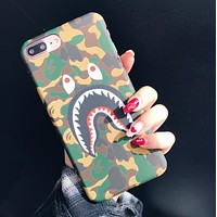 BAPE AAPE Popular Women Men Shark Mouth iPhone Phone Cover Case For iphone 6 6s 6plus 6s-plus 7 7plus iPhone 8 iPhone X Camouflage Hard Mobile Phone Shell I13217-1