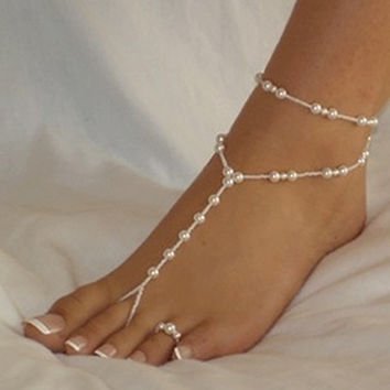 Elegant Pearl Chain Foot Jewelry Toe Ring Barefoot (Color: White) = 1958104132