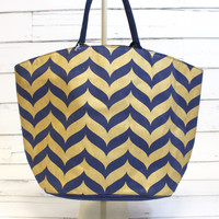 Shimmer Juco Tote: Navy Whale Tail