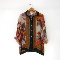 Vintage floral silk blouse. Silk button up shirt. Long sleeve silk top. Slouchy silk blouse. Sea shell buttons