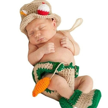 Newborn Infant Baby Fisherman Hat Dipaer Boots Fish set Handmade Knit Crochet Baby photography props Outfit Costume (Size: 0-6m) = 1958168964
