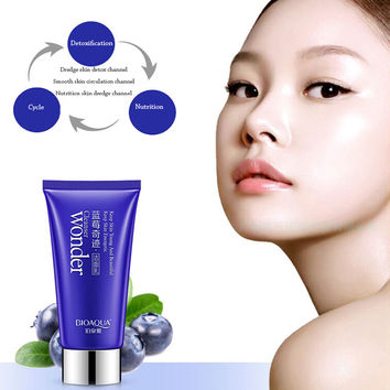 Blueberry miracle cleanser  whitening and hydrating  moisturizing clean pores