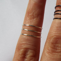 Set of 2 Multi-Row Wire Midi Rings Ajustable Above the Knuckle Black and Silver