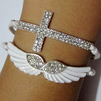L 073001 Diamond wings cross bracelet