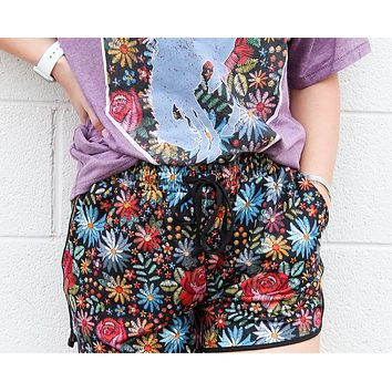 Floral Showers Shorts w/pockets