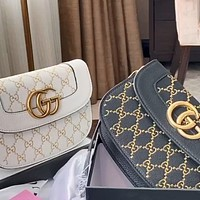 GUCCI embroidered thread logo women's wild shoulder messenger bag