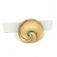 Matte Brushed Gold Tone Swirl Crown Trifari Large Pin Brooch 1950s Brushed Textured Designer Runway Estate Costume Vintage Signed