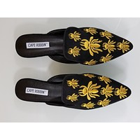 CR Pointy Toe Black Vegan Suede Flats Mules Clog Embroidered Bee Design Slippers