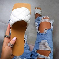 2020 summer new style flat-bottomed women's slippers plaid shoes white