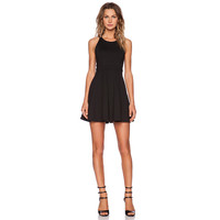 Casual dress sexy cross unbacked white black red dress