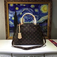 LV Louis Vuitton WOMEN'S MONOGRAM LEATHER SMALL HANDBAG SHOULDER BAG